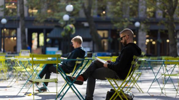 Coffee Break in Occidental Square
