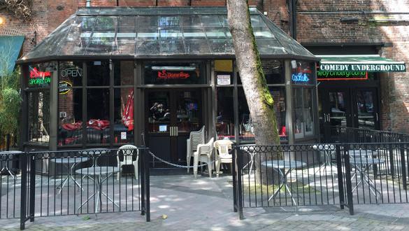 Swannie's Sports Bar